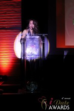 Carmelia Ray announcing Best Up and Coming Dating Site at the 2013 iDateAwards Ceremony in Las Vegas